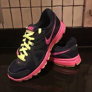 Nike Revolution 2 Sneakers - Sz. 7.5